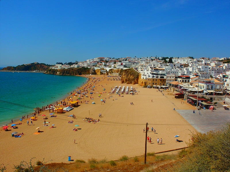 Albufeira (Center) from 280€